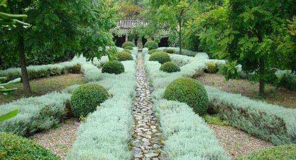 Villa Noailles Garden Tours