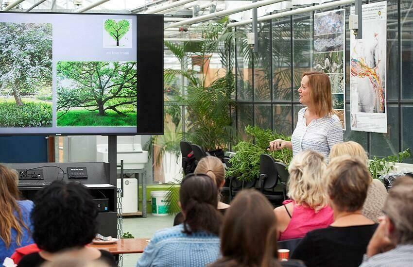 Workshop Ontwerpacademie _Beplantingsdeel in Botanische Tuin Utrecht met Modeste Herwig_foto ©Tinka Chabot